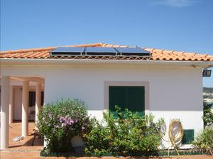 Bom Sucesso front view solar water heating panels